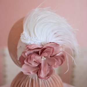 Fascinator Rosa e Branco para Noivas by Elizabete Munzlinger MR14