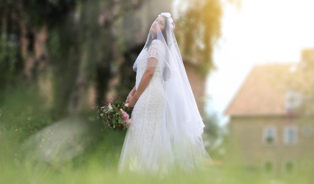 Véu de noiva e Coroa de Noiva por Elizabete Munzlinger copy